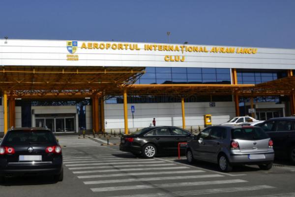 """Peste 1,88 milioane pasageri pe Aeroportul Internațional """"Avram Iancu"""" Cluj. Programul de vară"""