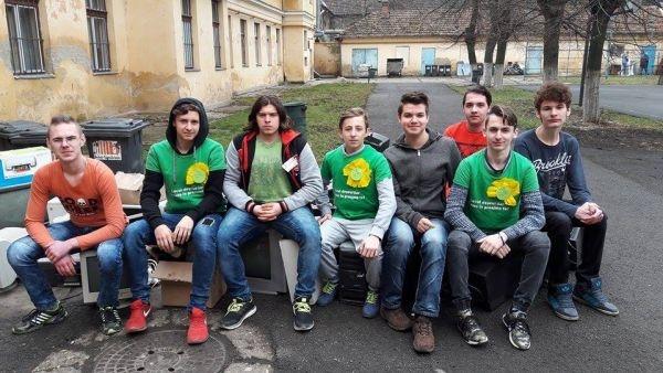 Colegiul Tehnic  ,,Iuliu Maniu,,  Carei  conduce în Topul judeţean al Caravanei Deşeurilor