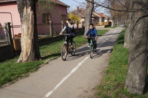 Pistă de biciclete la Carei pe artera care duce la ştrandul termal