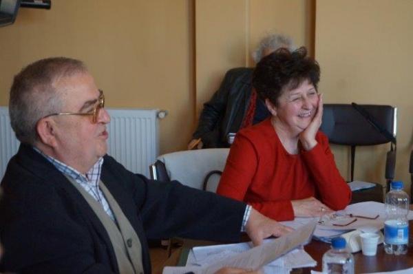 Metoda pumnul în gură la  şedinţa de Consiliu Local din Carei. Coaliţie împotriva dialogului. Proiecte refuzate a fi discutate în Comisiile de specialitate