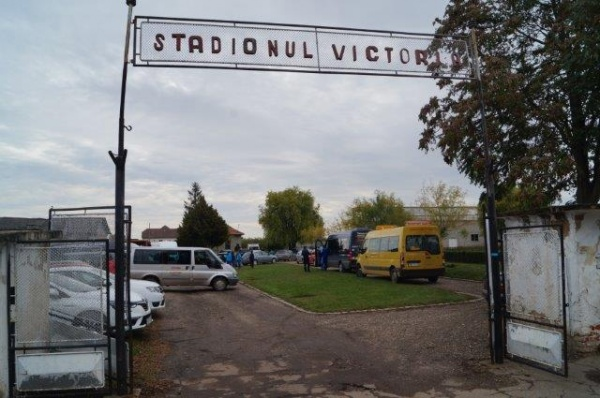 Meci de fotbal pe stadionul Victoria Carei în sferturile Cupei României etapa judeţeană