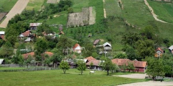 Urmașii unui grof revendică un sat întreg din Bihor