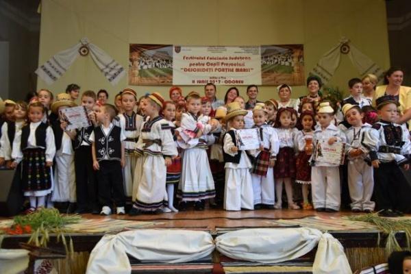 """Câştigătorii Festivalului de folclor de la Odoreu ,,Deschideți porțile mari"""""""