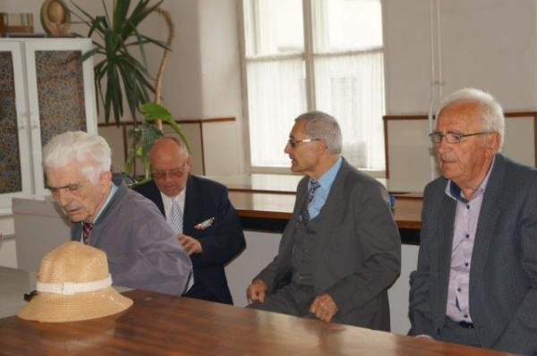 După 63 de ani de la absolvirea Liceului Vasile Lucaciu din Carei