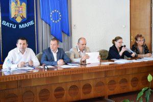 Prefectura admonestează membrii Comisiilor Locale de Fond Funciar
