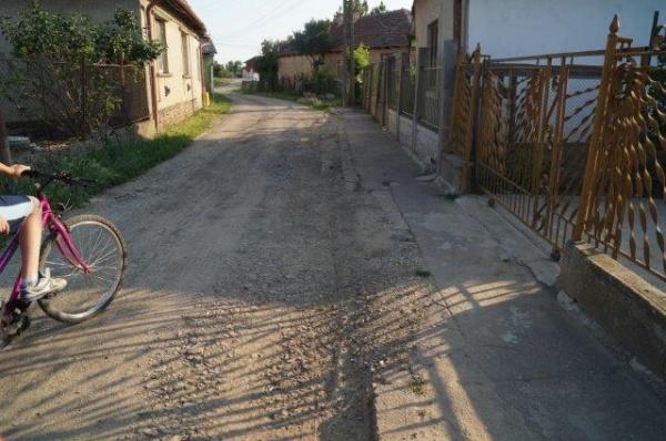 Strada Morii din Carei. Impozite de municipiu dar condiţii de sat uitat de lume