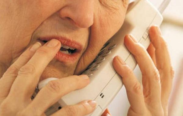 Se întâmplă în Carei. Oferiţi adresa de domiciliu necunoscuţilor de la telefon?