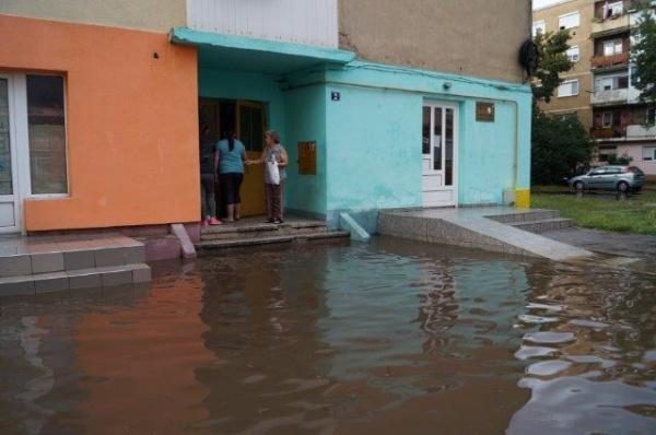 Igrasia, inundaţiile şi comentariile. Cod roşu activat  împotriva Buletin de Carei