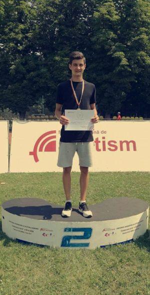 Careianul Cătălin Mărneanu vicecampion al României la octatlon categoria juniori2