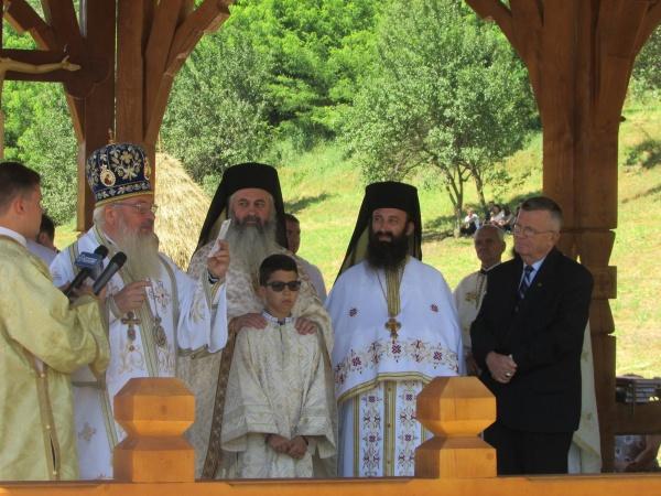 Membrii de onoare ai ASTRA Carei la pomenirea Sfântului Voievod Ștefan cel Mare în mănăstirile clujene