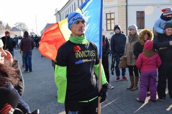 Un român de etnie maghiară aleargă de la Aiud la Alba Iulia, în cinstea Zilei Naționale