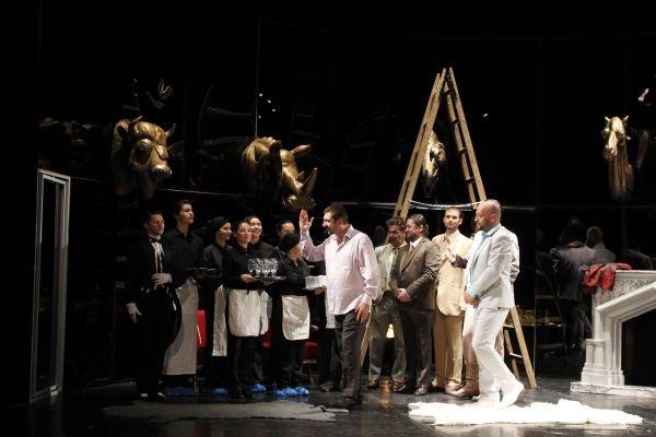 """Revizorul"" la Teatrul de Nord"