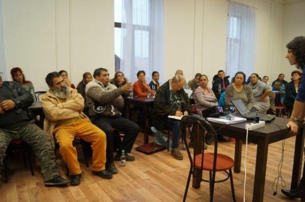 Proiect pentru comunităţile de rromi din Carei