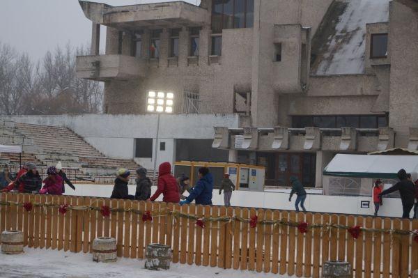 Sătmărenii au patinoar în centru. Careienii mai aşteaptă