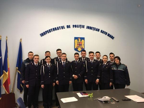 13 agenți de poliție au sosit la Inspectoratul de Poliție al Județului Satu Mare. Printre ei şi un careian