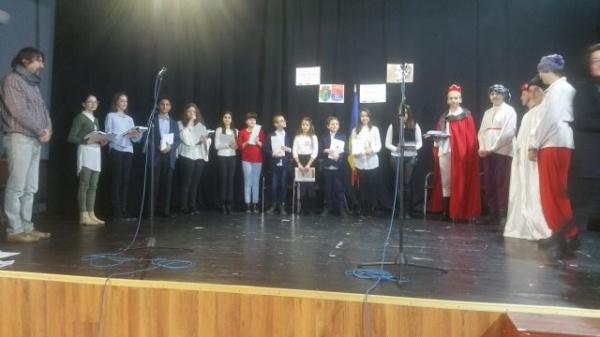 Premianţii Concursului Regional de recitări Mihai Eminescu de la Carei