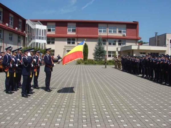 """13 sătmăreni admişi la  Şcoala de Agenţi de Poliţie """"Septimiu Mureşan"""" Cluj-Napoca"""