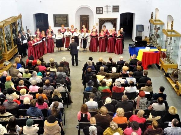 Concert de excepţie al Ansamblului coral Voci Transilvane. CIULEANDRA în primă audiţie ca versiune corală