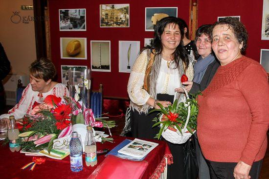 Lansare de carte. Autori Carmen Maria Dindelegan şi Ildiko Mariana Culcean