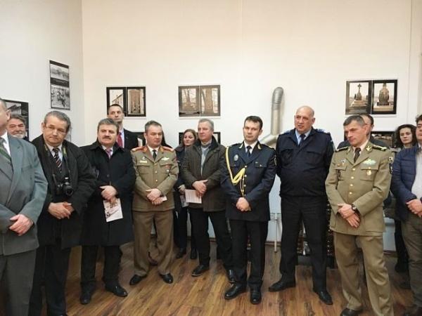 """Expoziţie """"Jertfa eroilor pentru făurirea României Mari"""""""
