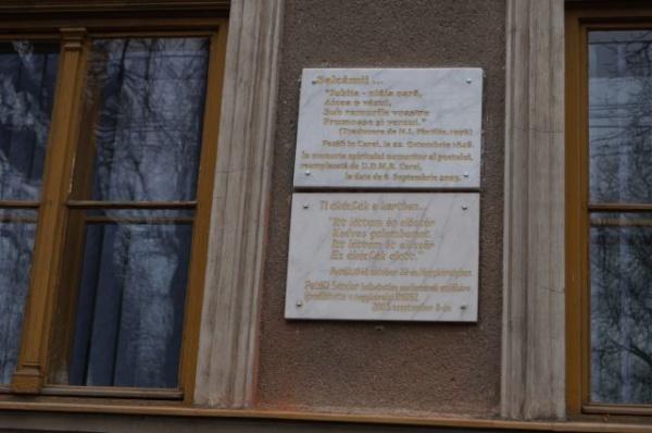 Limba română instaurată la locul cuvenit la Carei pe clădirea Şcolii gimnaziale nr.1