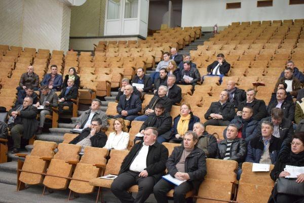 Şedinţă de lucru cu primarii la Instituţia Prefectului
