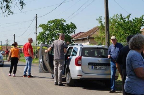 Primăria Carei plăteşte din banii careienilor servicii de informare care manipulează cititorii de limbă maghiară. SE ASCUND ilegalităţile