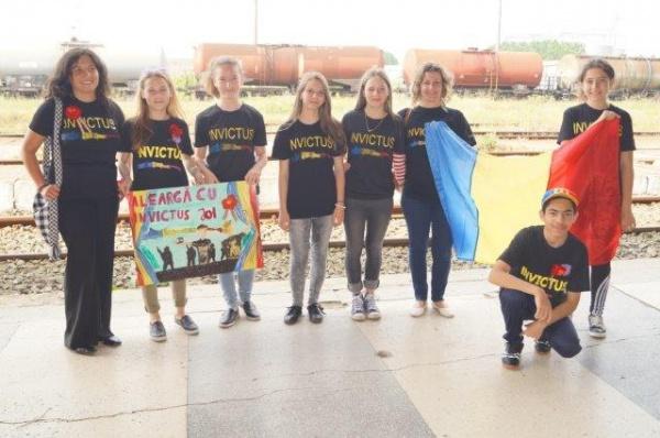 Voluntari careieni ai Invictus România la Ziua Regalităţii de la Bucureşti