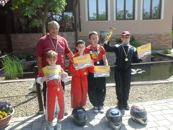 Karting. Medalii pentru careieni la Cupa CRISIUS
