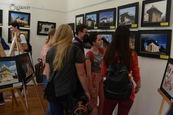 Expoziție de fotografie a artistului Ilie Tudorel la Castelul din Carei