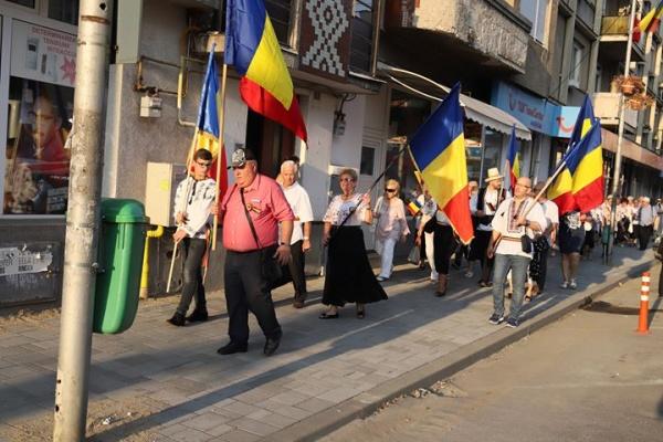 În Anul Centenar la Satu Mare românilor li se permit procesiuni doar pe trotuar. Nu şi maghiarilor