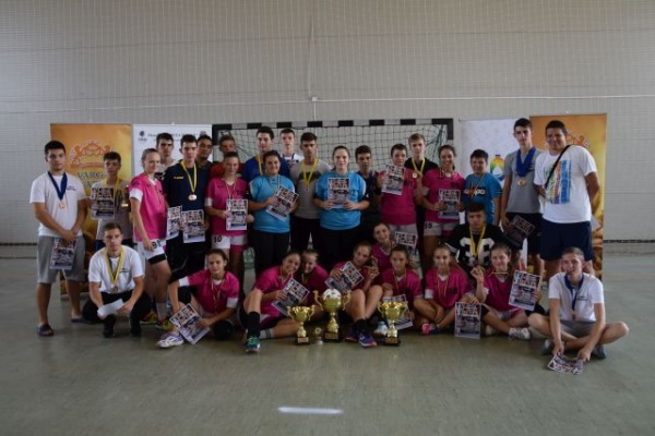 CSS 2 Baia Mare şi Alpha Oradea câştigă Memorialul Mircea Dohan la handbal