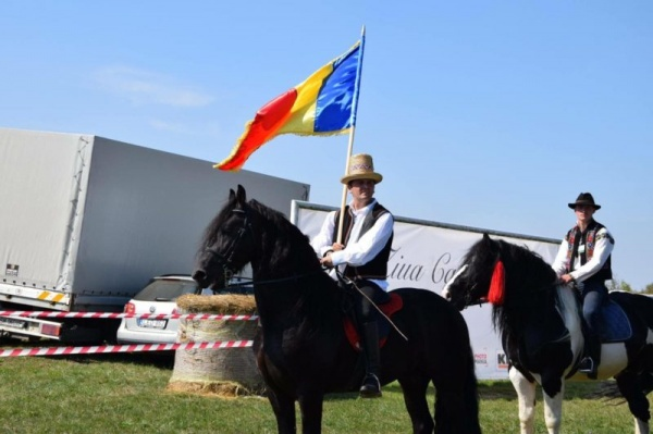 Călare din Satu Mare la Alba  Iulia de Ziua Naţională