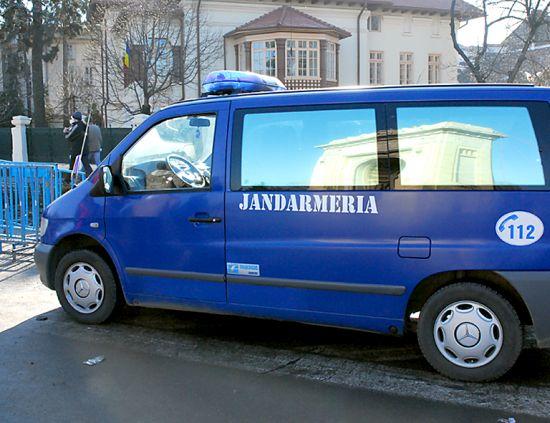 Jandarmii vor fi  prezenţi la datorie de  Revelion