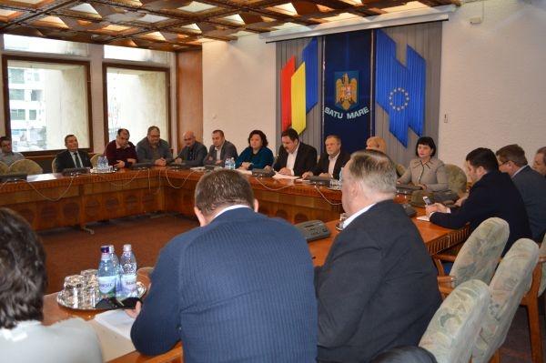 Consiliul Judeţean împarte 4,5milioane de lei localităţilor din judeţ