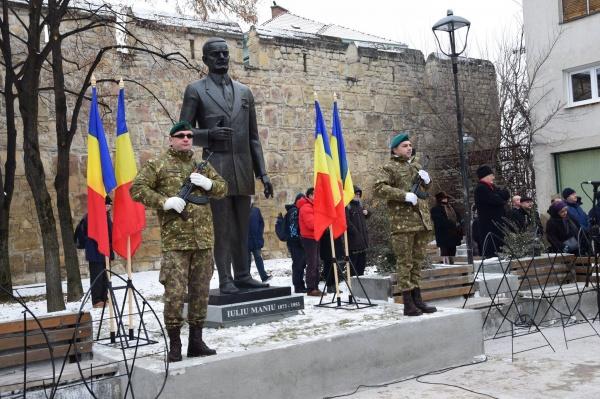 Dezvelirea statuii lui Iuliu Maniu din Cluj Napoca