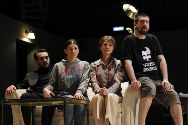 CONSILIU DE FAMILIE, duminică la Teatrul de Nord