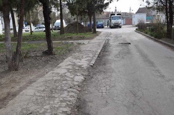 Imagini de coșmar din cartierul Republicii din Carei