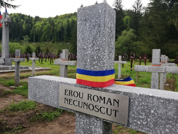 De ce tulburați liniștea soldaților români din cimitirele patriei?