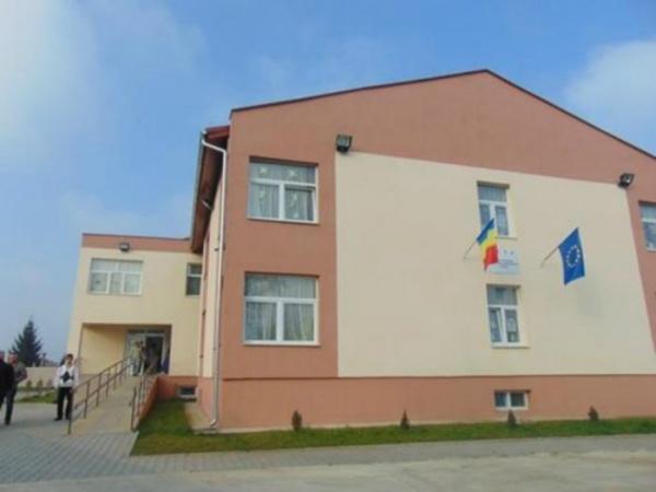 Sadism la Centrul Cristiana din Carei după instalarea noului director interimar