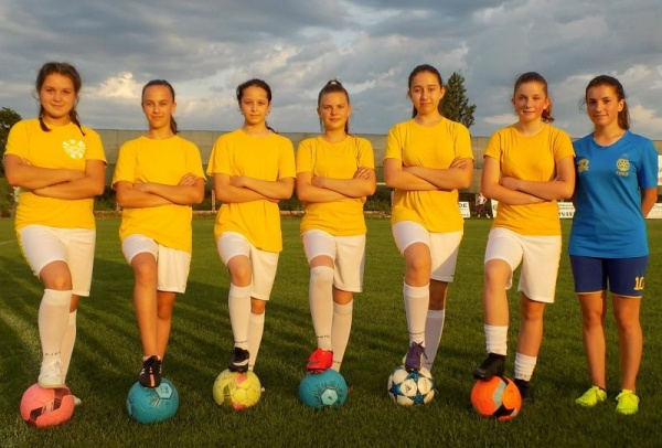 Fotbal feminin. Fetele lui Nicușor Jurj  chemate la selecție pentru Națională