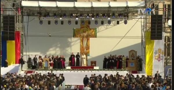 Papa Francisc a recitat din lirica eminesciană la Iași