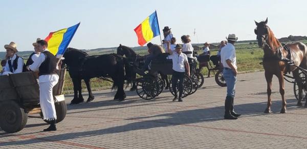 Parada Cailor la Tășnad și Expoziție de cabaline