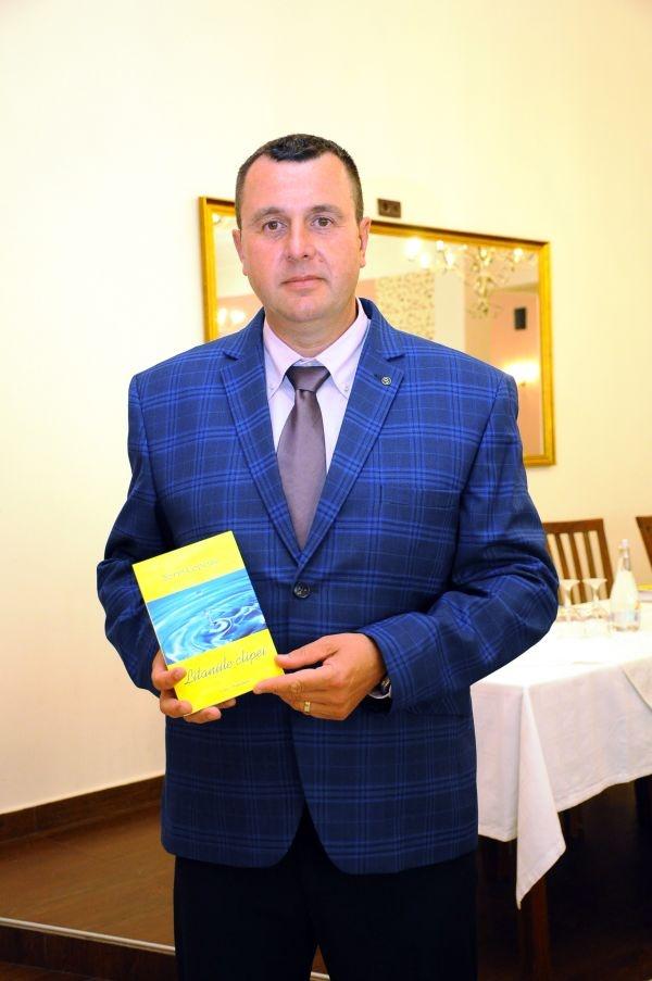 Litaniile clipei, o nouă carte semnată de agenul șef principal de poliție Sorin Copciac