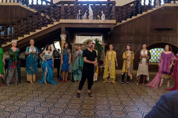 """Prezentare de modă și vernisajul expoziției """"Industria textilă și moda la Carei"""", la Castelul din Carei"""