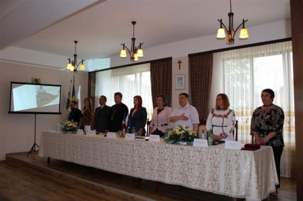 """Vizita familiei regale la Carei prezentată în cadrul Conferinței internaționale de la Negrești-Oaș: """"Suntem datori să apărăm această zestre"""""""