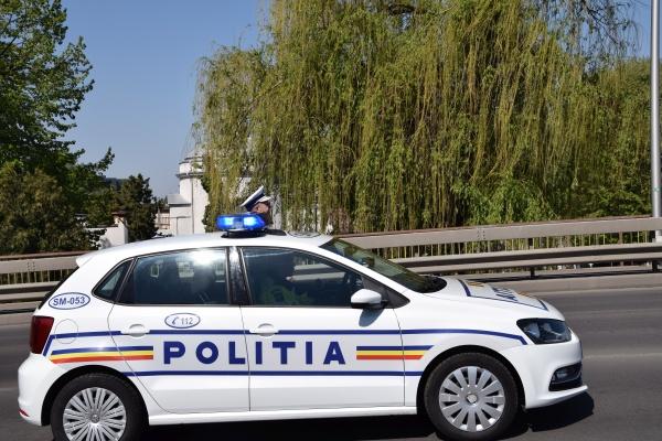 Poliția informează. Tânăr accidentat, infracțiuni rutiere, captură de țigări de contrabandă…
