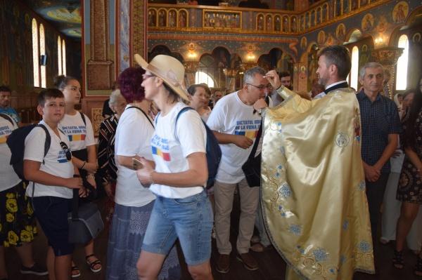 Creștinii de la Școala de Vară la Biserica ortodoxă Sf.Dimitrie din Carei