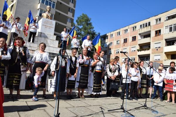Cred în renașterea neamului românesc