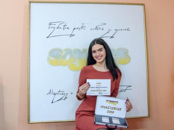 Todea Miruna și Somogyi Alexandra premiate pentru activitățile extrașcolare